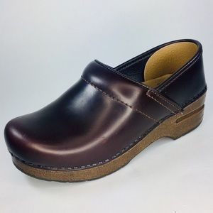 Dansko Oiled Full Grain Espresso Leather Clog